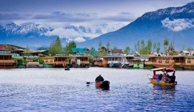 dal-lake-admirable india